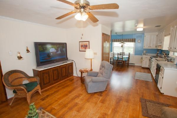 Living Area - 2310 Bayberry - Virginia Beach - rentals