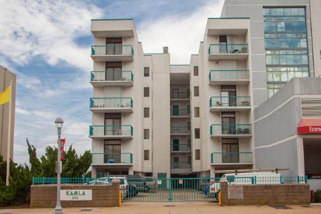 Front Exterior - 301 Kamla Condos - Virginia Beach - rentals