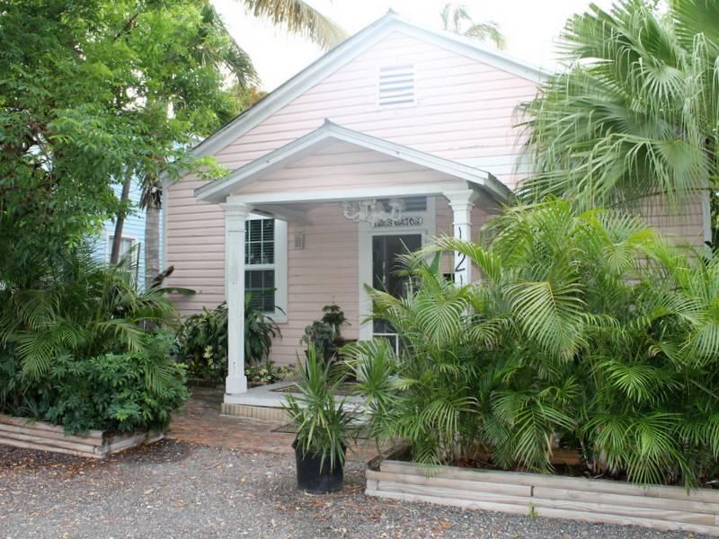 Tres Gatos - Image 1 - Key West - rentals