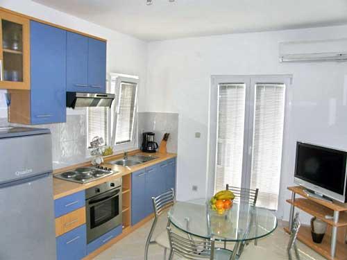 Apartments Nevenka - 10511-A2 - Image 1 - Seget Vranjica - rentals