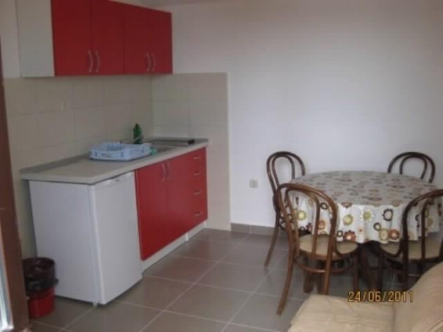 Apartments Aljoša - 10571-A1 - Image 1 - Okrug Gornji - rentals