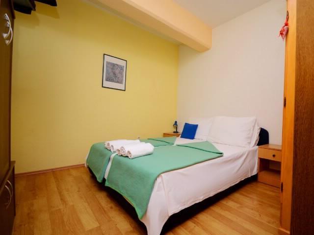 Apartments Slađana - 10911-A4 - Image 1 - Gradac - rentals