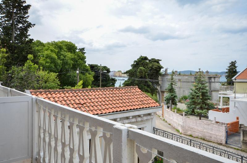 Apartment and Rooms Mira - 20081-S2 - Image 1 - Zadar - rentals