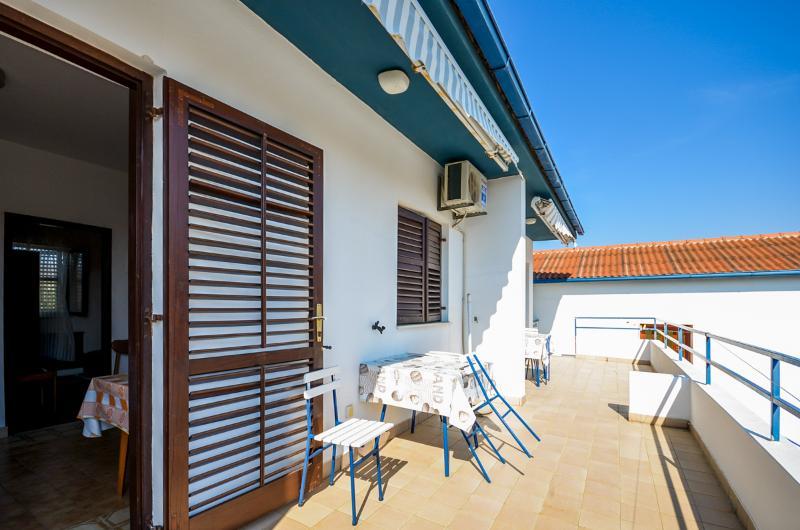 Apartments and Rooms Katica - 20521-A1 - Image 1 - Zadar - rentals