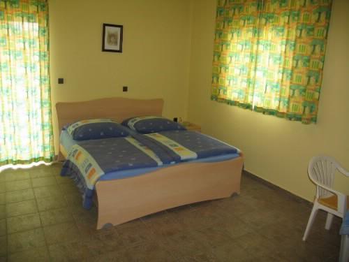 Apartments and Rooms Slavica - 20751-S2 - Image 1 - Zadar - rentals