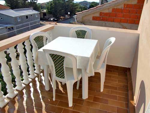 Apartments Lenka - 20851-A1 - Image 1 - Vrsi - rentals