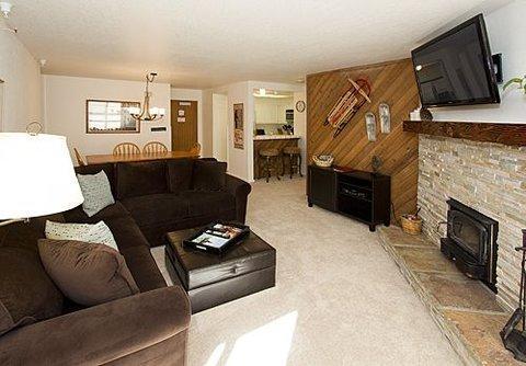 Aspen Creek 2 Bedroom Condo on 1st Floor ~ RA453 - Image 1 - Mammoth Lakes - rentals