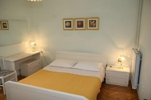 Apartments and Rooms Nada - 21941-A3 - Image 1 - Novalja - rentals