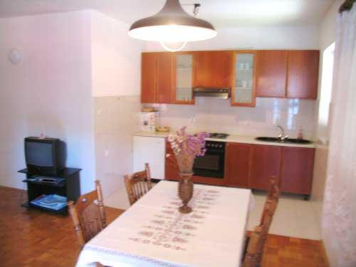 Apartments Mirjana - 22471-A4 - Image 1 - Ugljan - rentals