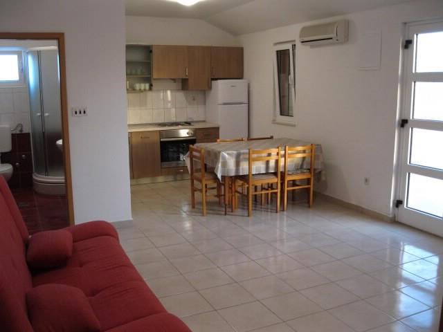 Apartments Zvonimir - 24141-A3 - Image 1 - Srima - rentals