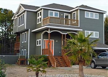 KH404-HOOKED ON THE SOUND- LOVELY INTERIOR, POOL! - Image 1 - Kitty Hawk - rentals
