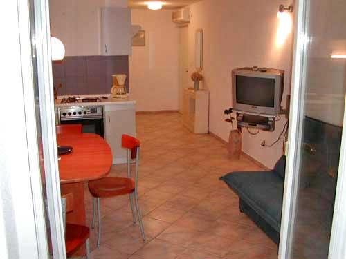Apartments Dubravka - 30251-A3 - Image 1 - Baska Voda - rentals