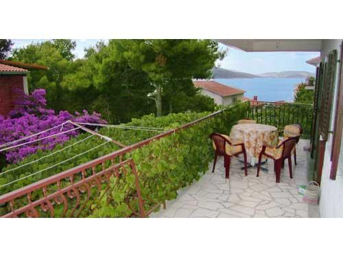 Apartments Vlade - 30481-A1 - Image 1 - Okrug Donji - rentals