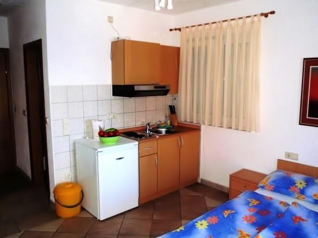 Apartments Jure - 30861-A4 - Image 1 - Okrug Gornji - rentals
