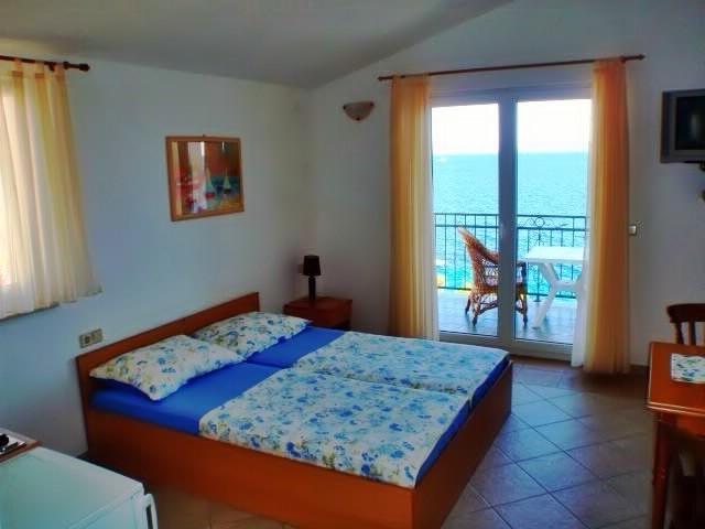 Apartments Jure - 30861-A2 - Image 1 - Okrug Gornji - rentals