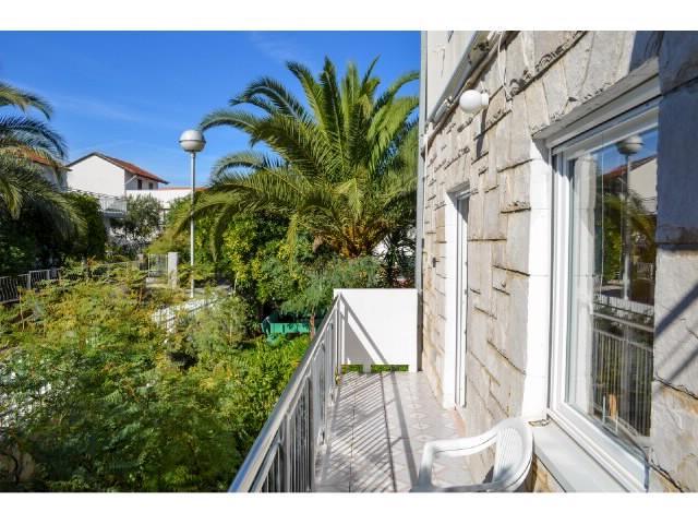 Apartments Osvit - 31801-A1 - Image 1 - Stari Grad - rentals