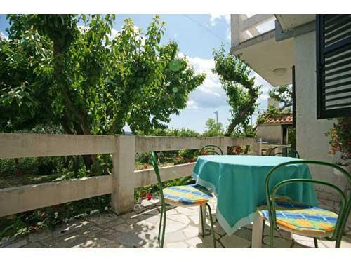 Apartments Ivanica - 32101-A1 - Image 1 - Kastel Novi - rentals