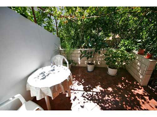 Apartments Božjidar - 33601-A1 - Image 1 - Stari Grad - rentals