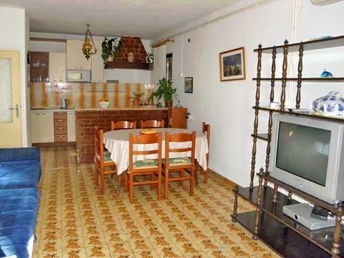 Apartments Gita - 34061-A1 - Image 1 - Supetar - rentals
