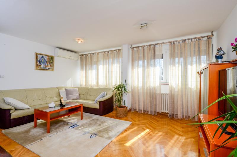 Apartment Snježana - 35831-A1 - Image 1 - Split - rentals