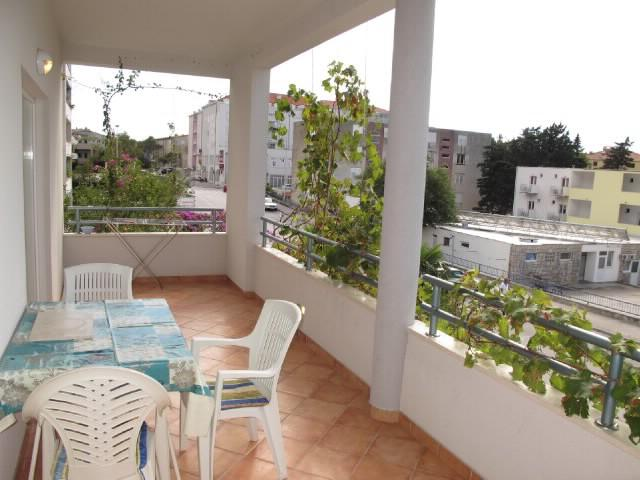 Apartments Slobodanka - 36121-A1 - Image 1 - Makarska - rentals