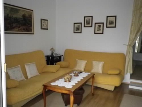 Apartment Jaga - 37231-A1 - Image 1 - Splitska - rentals