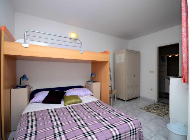 Apartments Lidija - 37411-A1 - Image 1 - Makarska - rentals