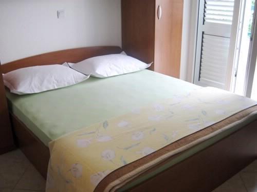 Apartments Tonći - 37431-S1 - Image 1 - Makarska - rentals