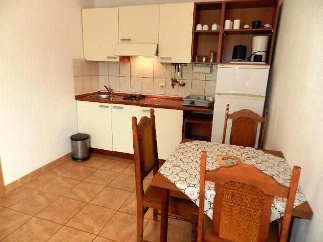 Apartments Dinko - 37851-A2 - Image 1 - Gdinj - rentals