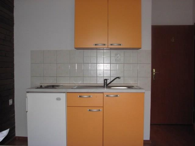 Apartments Mara - 39671-A4 - Image 1 - Makarska - rentals