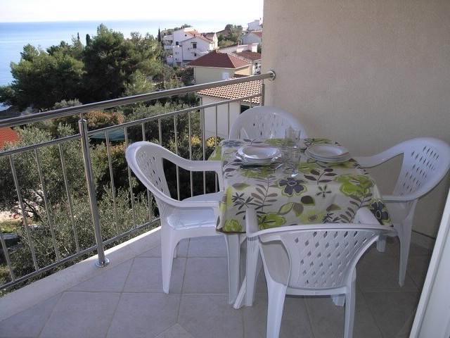 Apartments Marinko - 39731-A4 - Image 1 - Okrug Gornji - rentals