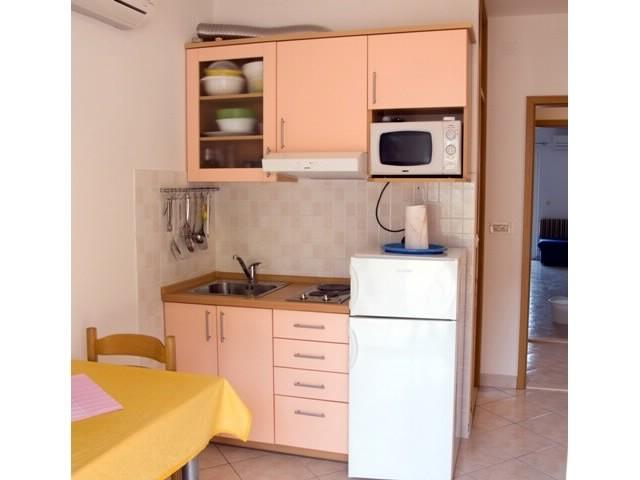 Apartments Seka - 39781-A5 - Image 1 - Arbanija - rentals
