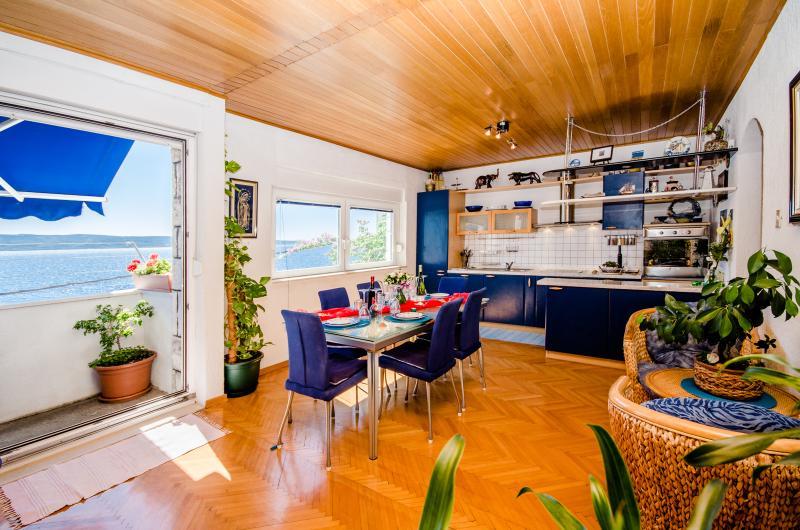 Apartments Darko - 40791-A1 - Image 1 - Dugi Rat - rentals