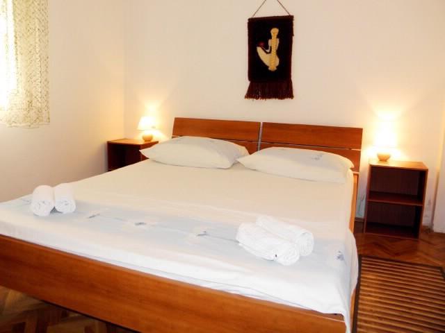 Apartments Antonija - 41031-A2 - Image 1 - Drvenik - rentals