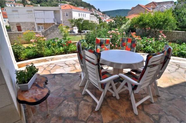 Apartments Tonka - 42251-A1 - Image 1 - Pucisca - rentals