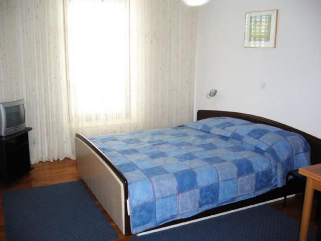 Apartments Petroslava - 50211-A4 - Image 1 - Orebic - rentals