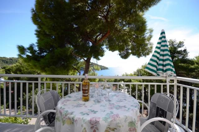 Apartments Marjan - 51371-A2 - Image 1 - Brna - rentals