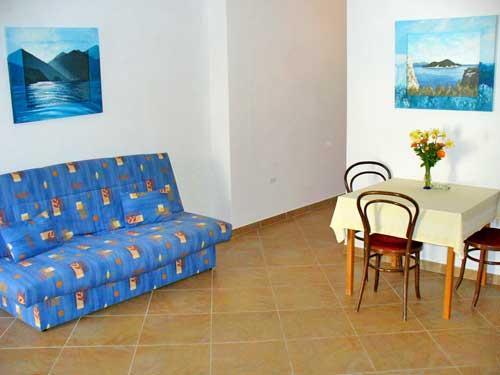 Apartments Marinović - 51591-A3 - Image 1 - Molunat - rentals