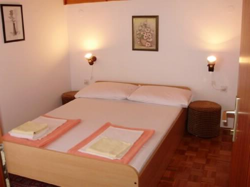 Rooms Sofija - 60041-S4 - Image 1 - Selce - rentals