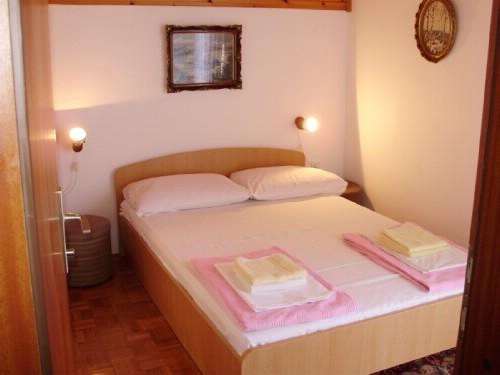 Rooms Sofija - 60041-S5 - Image 1 - Selce - rentals