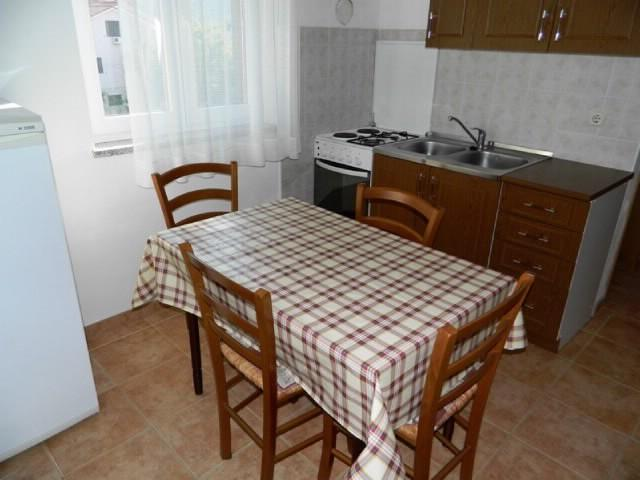 Apartment and Rooms Anton - 61781-A1 - Image 1 - Cres - rentals