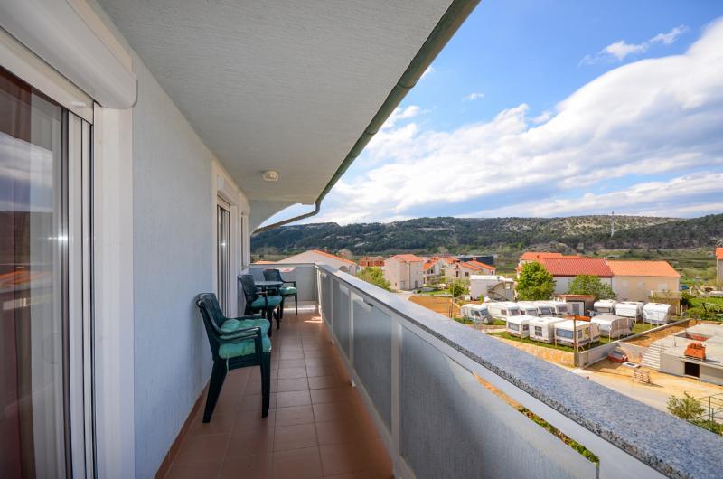 Apartments Rajka - 65301-A3 - Image 1 - Lopar - rentals