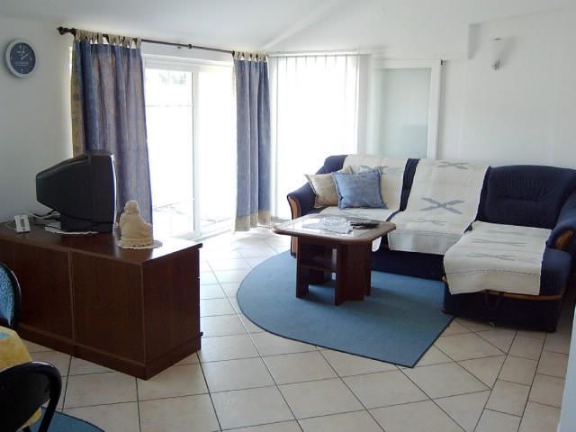 Apartments Susana - 67111-A2 - Image 1 - Supetarska Draga - rentals