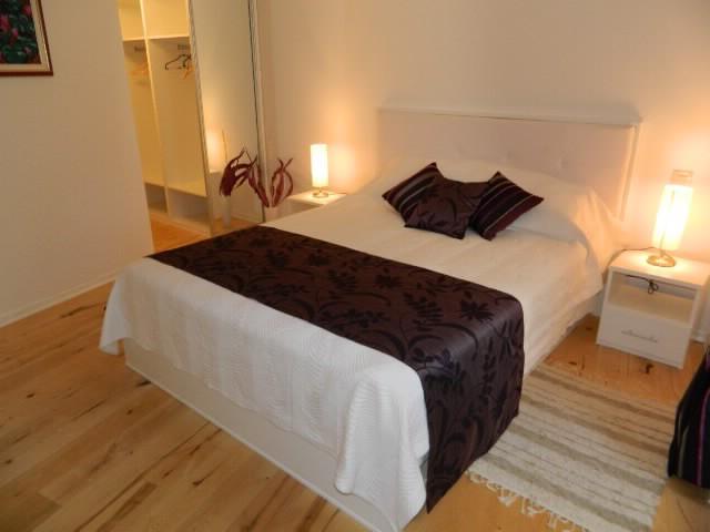 Rooms Ljubomir - 67852-S3 - Image 1 - Cres - rentals