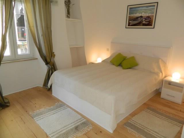 Rooms Ljubomir - 67852-S4 - Image 1 - Cres - rentals