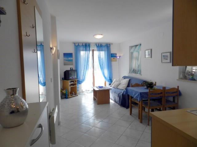 Apartments Rosana - 72591-A1 - Image 1 - Rabac - rentals