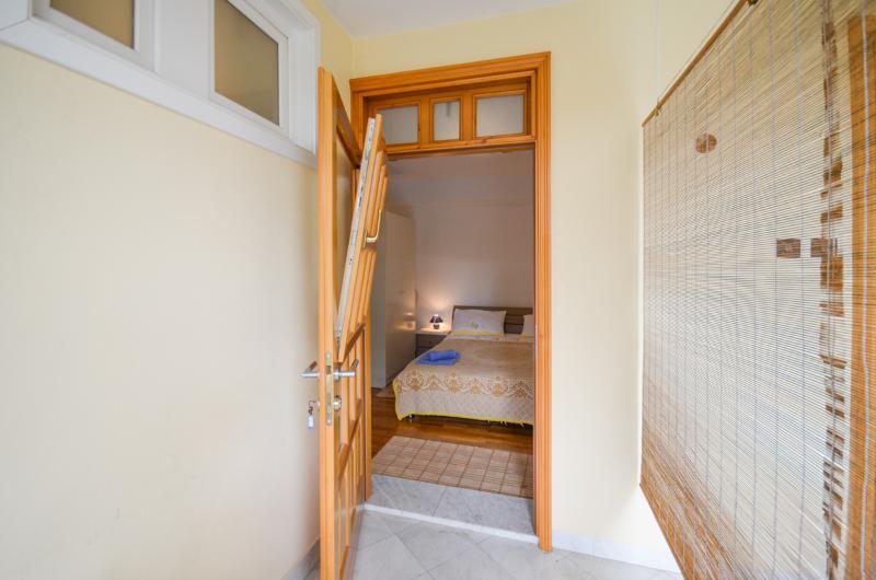 Apartments and Room Lučo - 72921-S1 - Image 1 - Porec - rentals