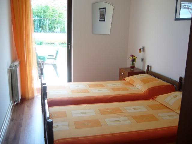 Apartments Cerin - 73061-A1 - Image 1 - Rovinj - rentals