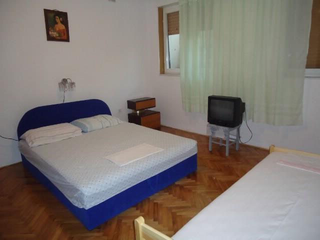 Apartments Mare - 73171-A2 - Image 1 - Pula - rentals