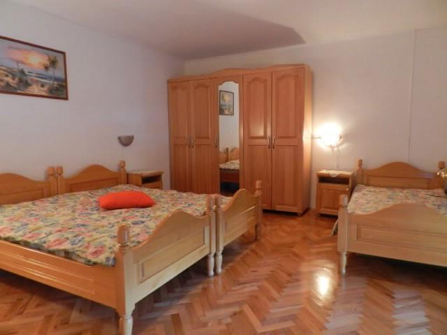 Apartments Sajma - 74681-A1 - Image 1 - Pula - rentals